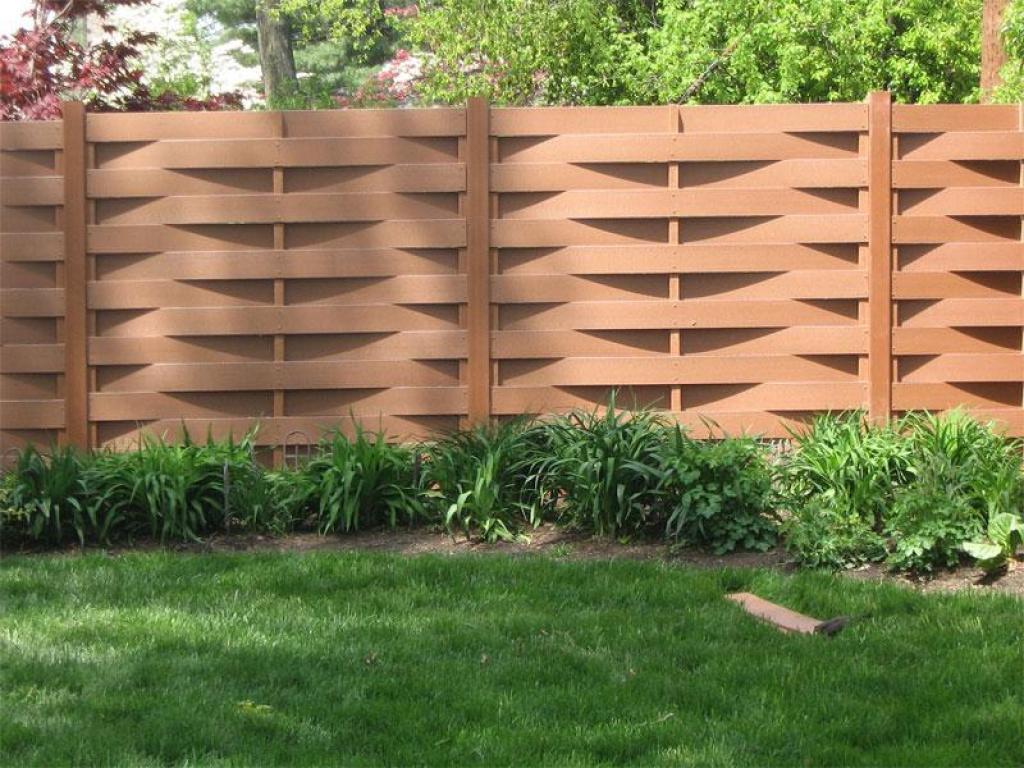 Фото вариантов деревянного забора